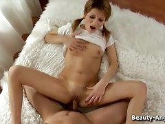 Sassy beauty got her delicate pussy nailed to the maxvideo