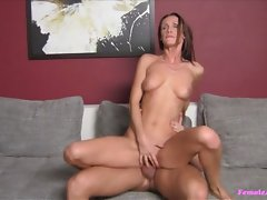 All this horny hottie wanted was to have that sweet pussy fingeredvideo